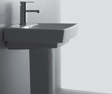 Basin with Full Pedestal